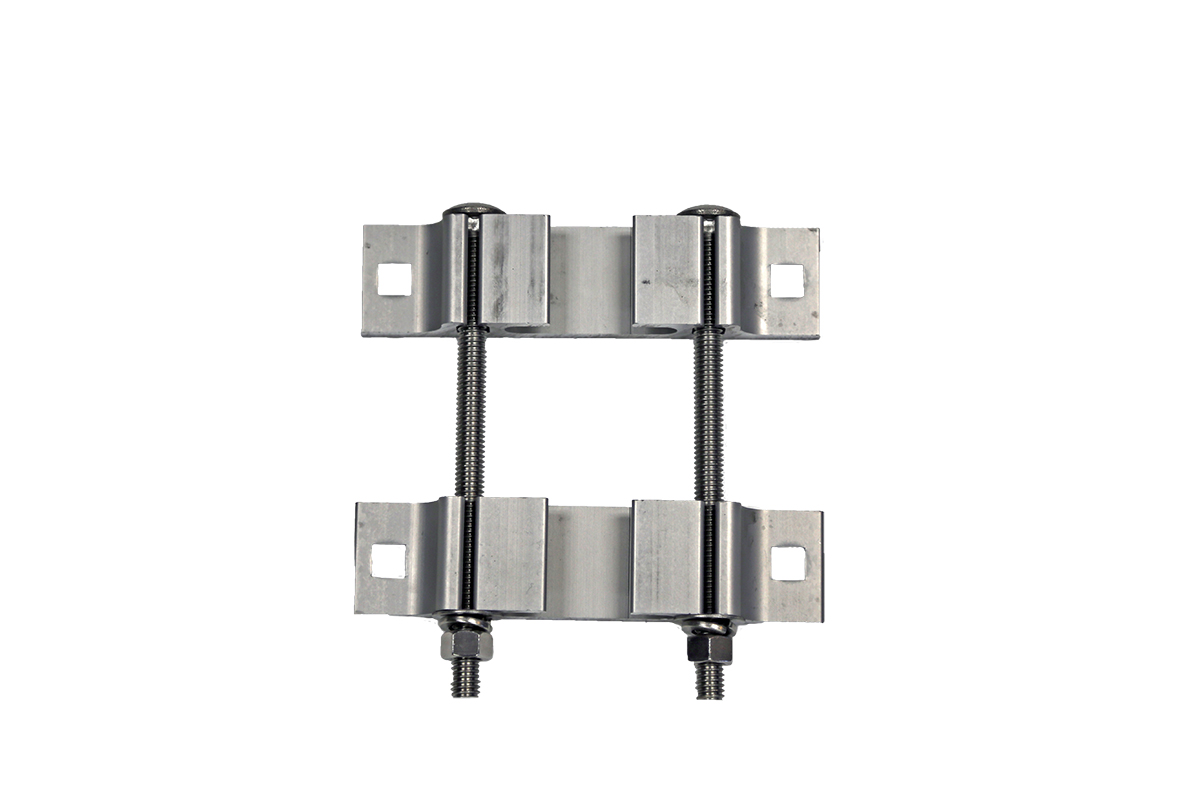 Access 2.5in. Receiver Clamp With Hardware - Access 81008